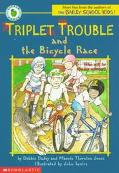 Triplet Trouble and the Bicycle Race - Debbie Dadey - Paperback