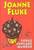Fudge Cupcake Murder A Hannah Swenson Mystery