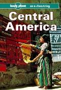 Central America: On a Shoestring - Schwartz - Paperback - 2ND
