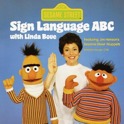 Sesame Street Sign Language ABC with Linda Bove - Linda Bove - Paperback