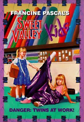 Danger: Twins at Work! (Sweet Valley Kids Series #76) - Francine Pascal - Paperback