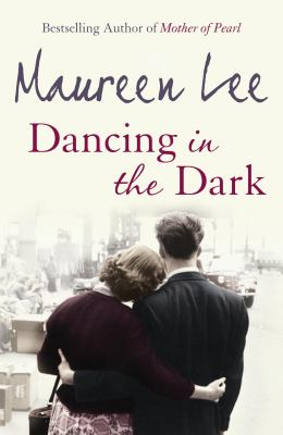 Dancing in the Dark - Maureen Lee - Paperback