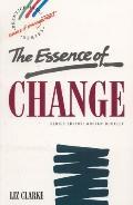 The Essence of Change - Liz Clarke - Paperback