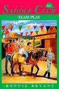 Team Play (Saddle Club Series #15)