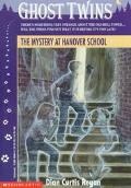 Mystery at Hanover School - Dian Curtis Curtis Regan - Paperback