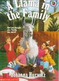 Llama in the Family - Johanna Hurwitz - Paperback