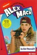 In Hot Pursuit!: The Secret World of Alex Mack - Mel Odom - Mass Market Paperback
