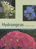 Hydrangeas: A Gardeners' Guide - Toni Lawson-Hall - Hardcover