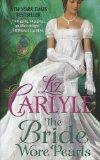 The Bride Wore Pearls (Thorndike Press Large Print Core Series)