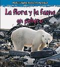 La vida silvestre en peligro de extincion / Wildlife in Danger of Extinction (Proteger Nuest...