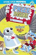 A Prize Inside: A Robot and Rico Story (Robot and Rico; Stone Arch Readers Level 2)