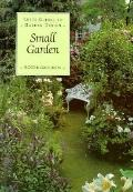 Letts Guide to Small Gardens