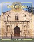 The Alamo (Spotlight on Texas, the Growth and Development of the Lone Star State)