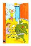 Hay Un Chico En El Bano De Las Chicas/ There's a Boy in the Girls' Bathroom (Spanish Edition)